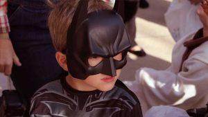 Carnevale bambino in maschera da Batman